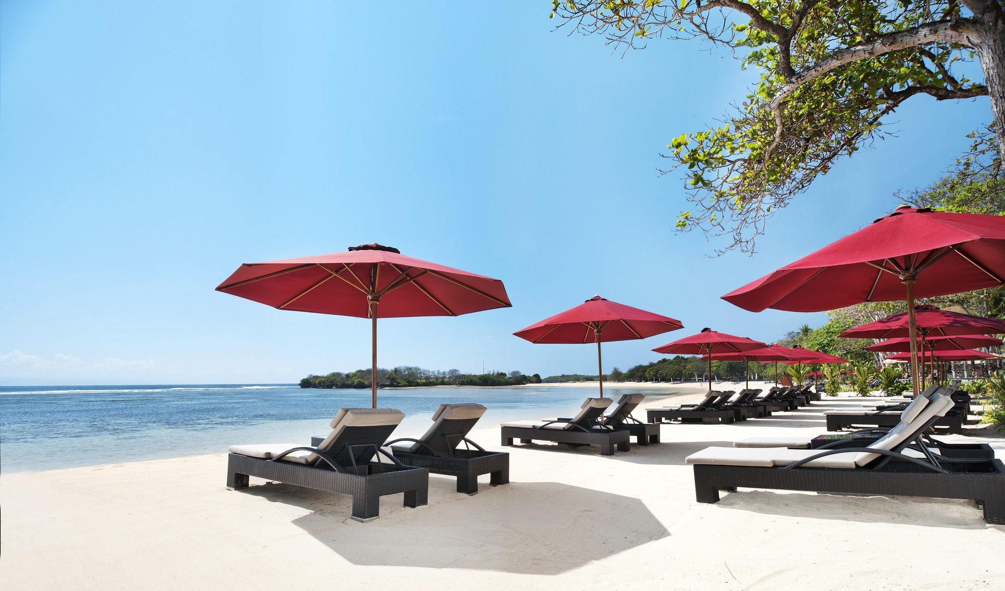 Laguna Resort Bali Beach