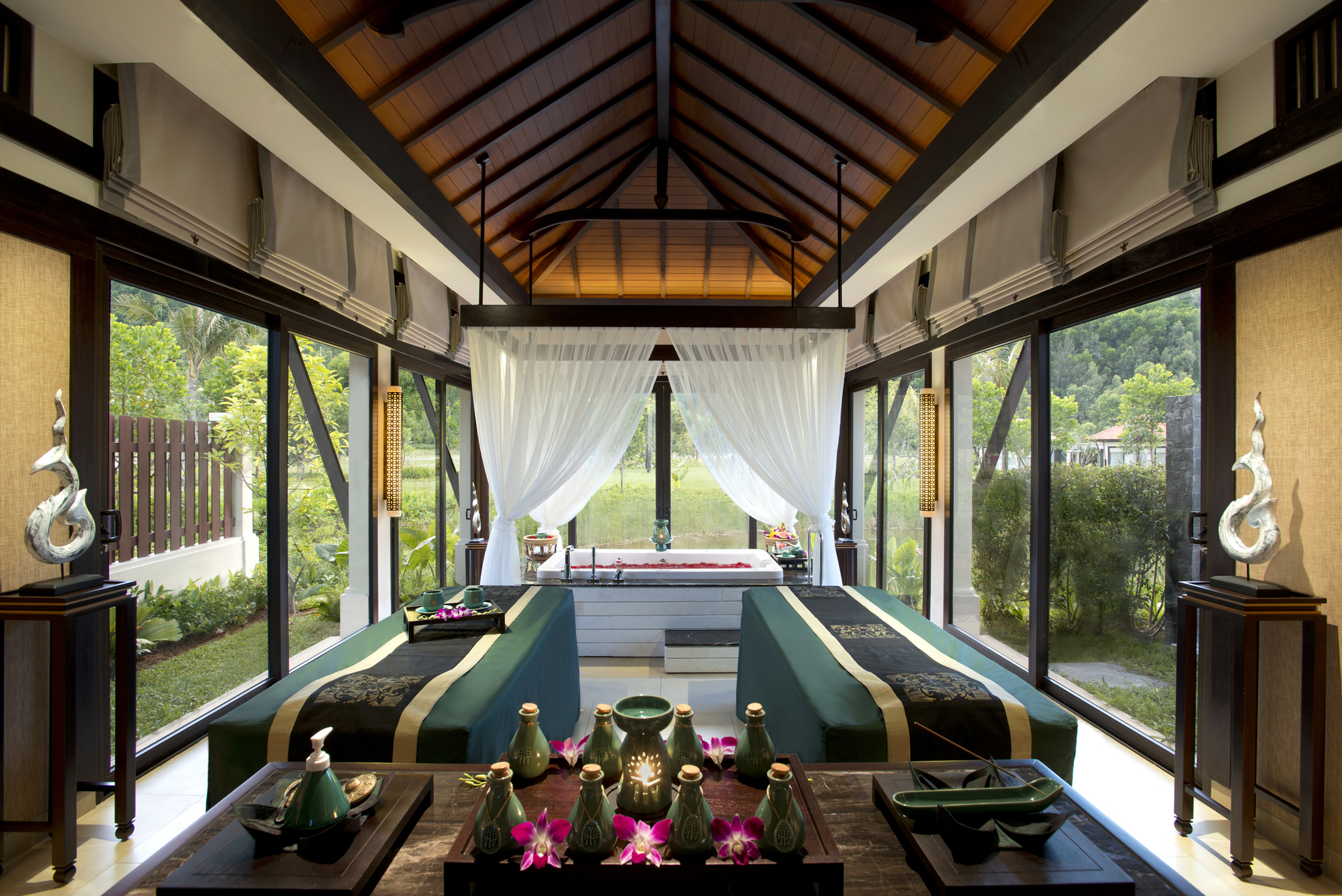 Banyan Tree Lang Co Spa 2